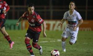Reservas do Flamengo arrancam empate com Portuguesa no Carioca