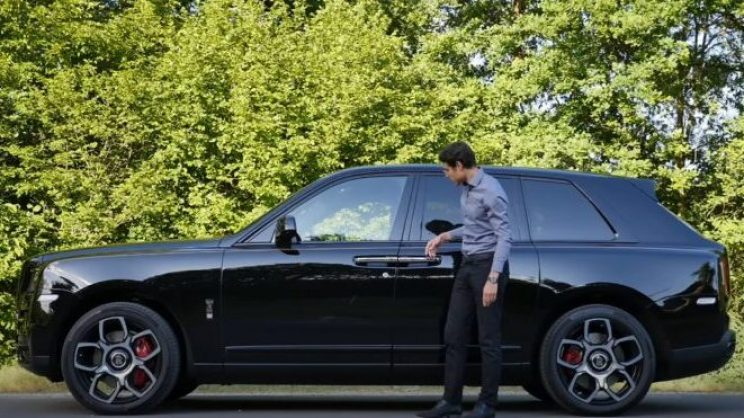 rolls-royce-cullinan-black-badge-review