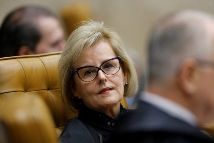 Judge Rosa Weber looks on during a session of the Supreme Court to issue its final decision about the habeas corpus plea for the former Brazil president Luiz Inacio Lula da Silva, in Brasilia, Brazil April 4, 2018. REUTERS/Adriano Machado